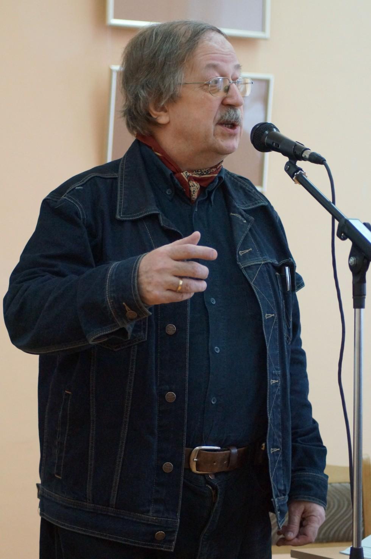 Игорь Кондаков, доктор философских наук, кандидат филологических наук,профессор РГГУ