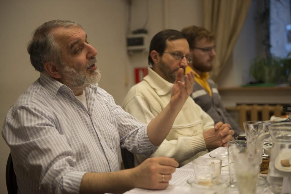 Заведующий кафедрой богословских дисциплин и литургики СФИ кандидат филологических наук Давид Гзгзян
