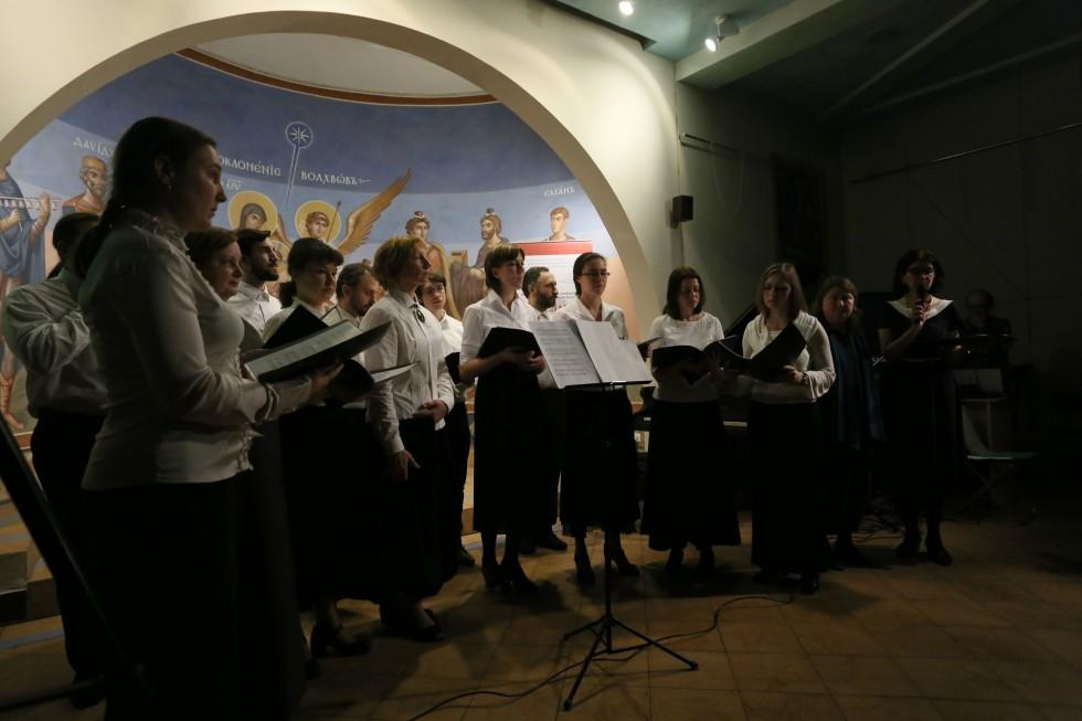Завершился второй день форума музыкальным вечером «Бодр ли кто духом – пусть поет» (Иак 5:13), посвященным 100-летию возрождения братского движения в России