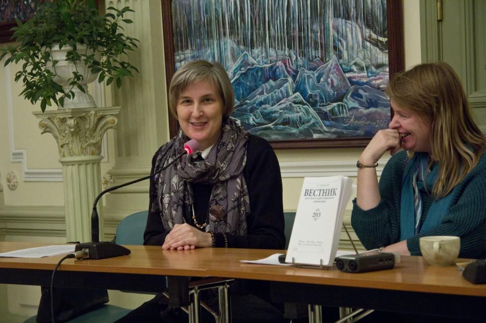 Юлия Балакшина, доцент СФИ и один из авторов журнала, и Наталья Ликвинцева, член редколлегии «Вестника»