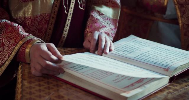 ВЦИОМ: россияне поддержали идею о частичной русификации богослужения