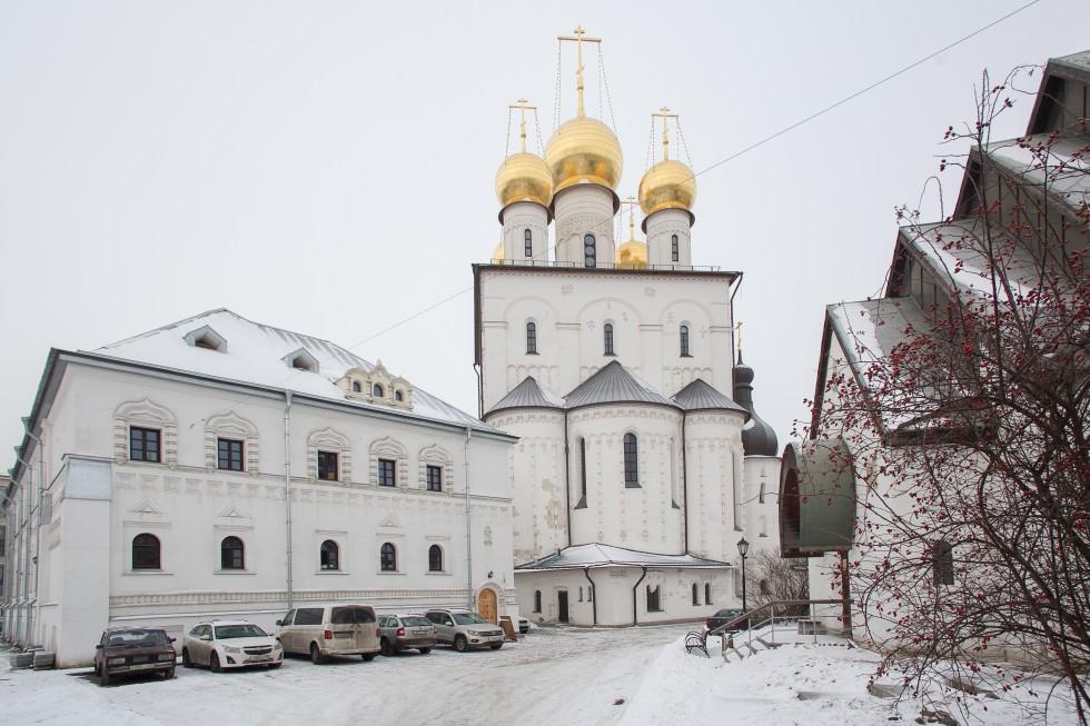 Конференция проходила в Просветительском центре во имя святого новомученика архимандрита Льва (Егорова) при Феодоровском соборе.