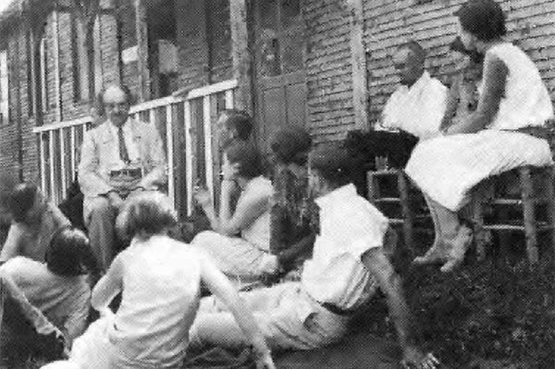 Николай Бердяев и его слушатели – члены РСХД. Клермон, 1927 г.