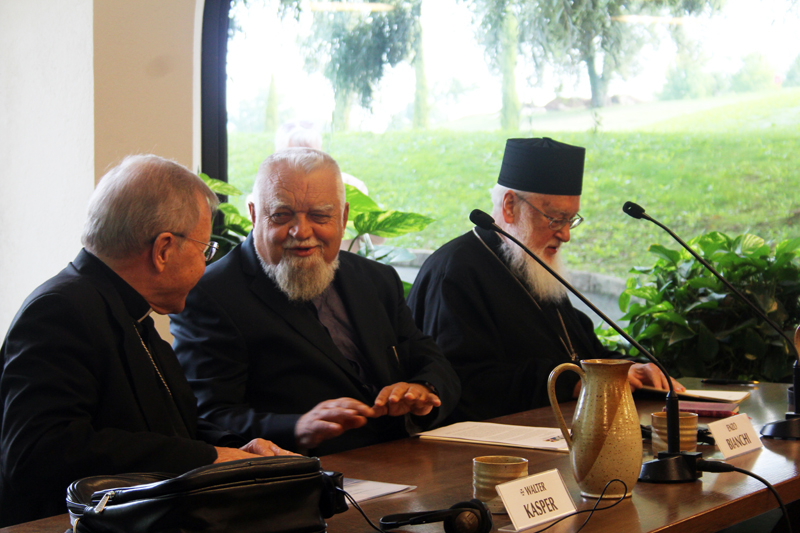 'Mercy and Forgiveness' International Theology Conference in Bose. Cardinal Walter Kasper, Enzo Bianchi, Prior of Bose, Metropolitan Kallistos (Ware)