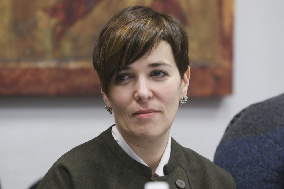 Елена Островская
