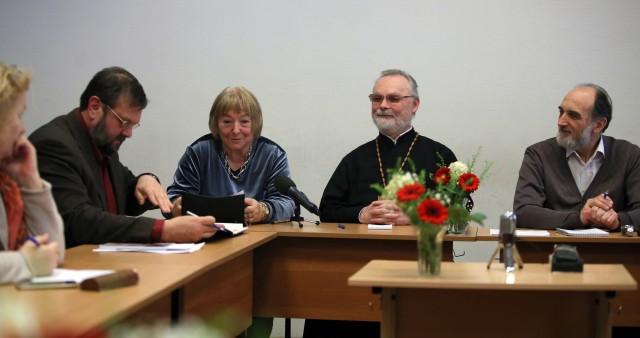 В СФИ встретились философия и богословие