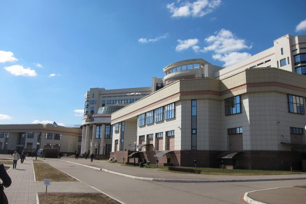 Шуваловский корпус МГУ— место проведения исторической секции конференции «Ломоносов»