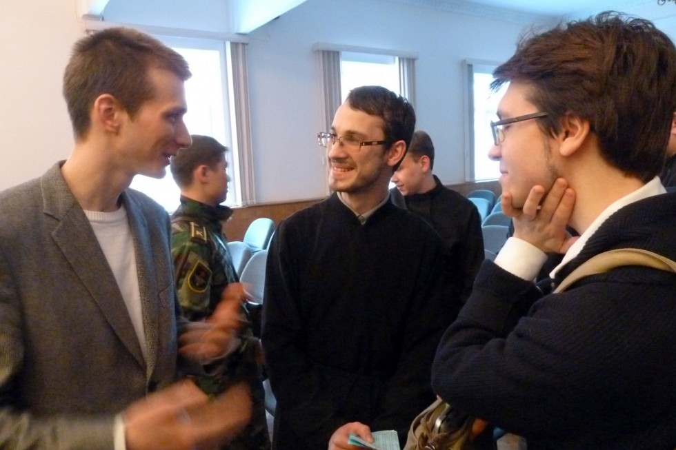 Студенты Смоленской духовной семинарии и СФИ