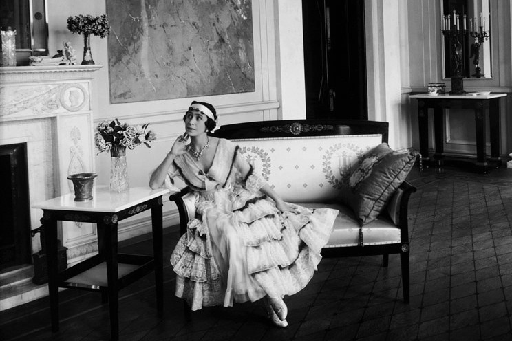 Фото: russiainphoto.ru. ЦГА кинофотофонодокументов Санкт-Петербурга. Балерина Матильда Кшесинская в гостиной своего особняка. 1916