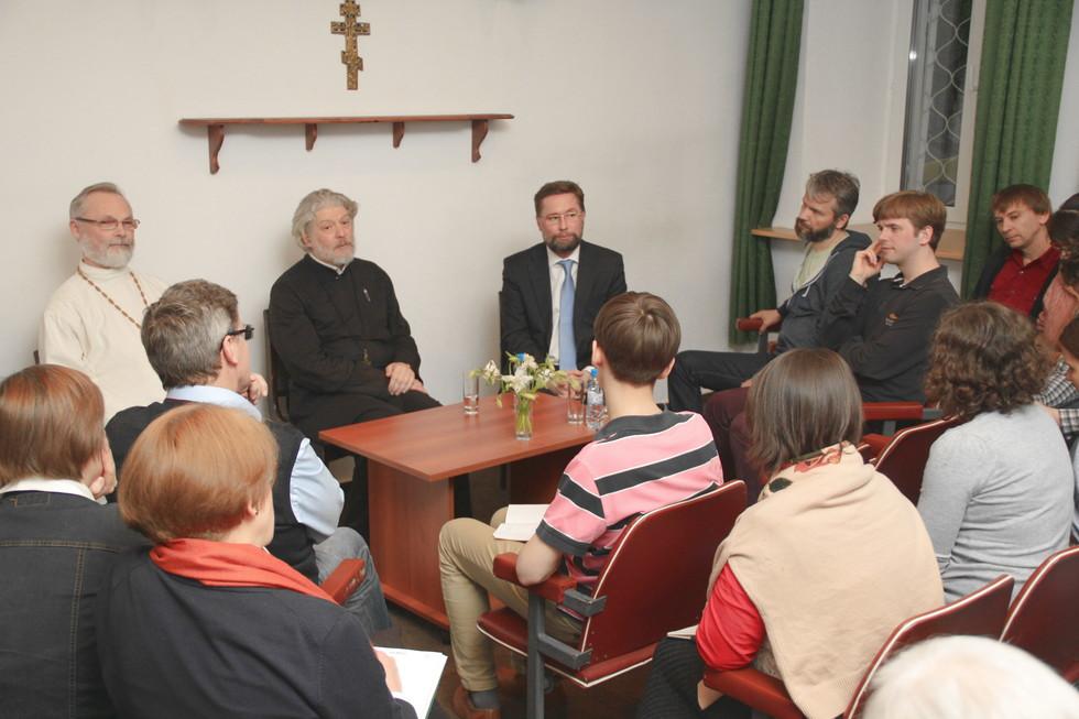Встреча братства «Сретение» с протоиереем Алексием Уминским в часовне СФИ