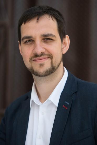 Александр Викторович Волков