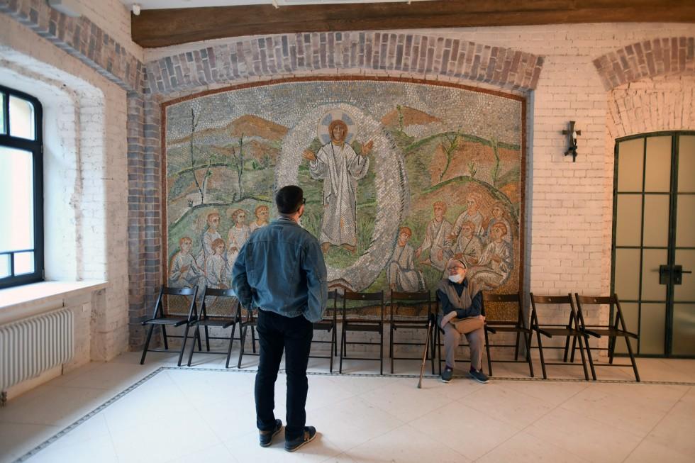 Мозаика «Христос посреди нас» Александра Корноухова, чья мастерская работала над проектом часовни СФИ