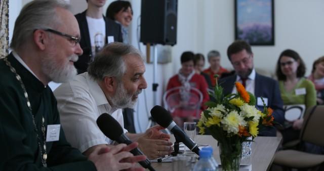 Международная богословская конференция СФИ по экклезиологии открылась в Подмосковье
