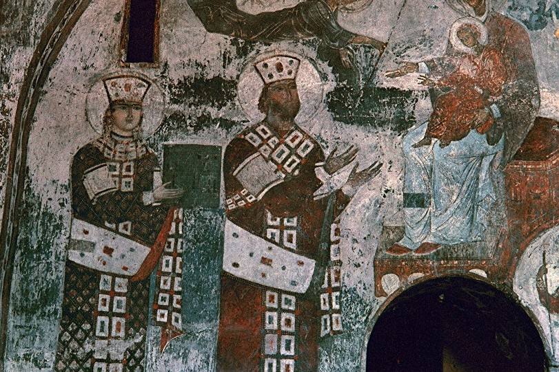 "Queen Tamara of Georgia, called ""equal-to-the-apostles"". Fresco. From the cave-monastery at Vardzia, Georgia. 12-13th c."