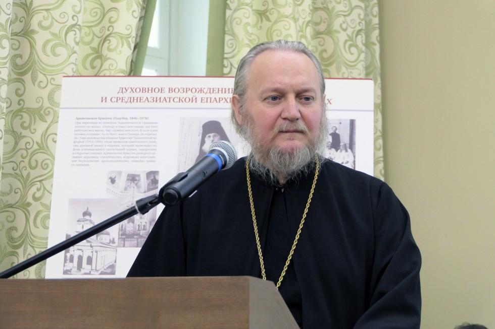 Протоиерей Андрей Безбородов, старший преподаватель кафедры церковно-практических и исторических дисциплин КДС