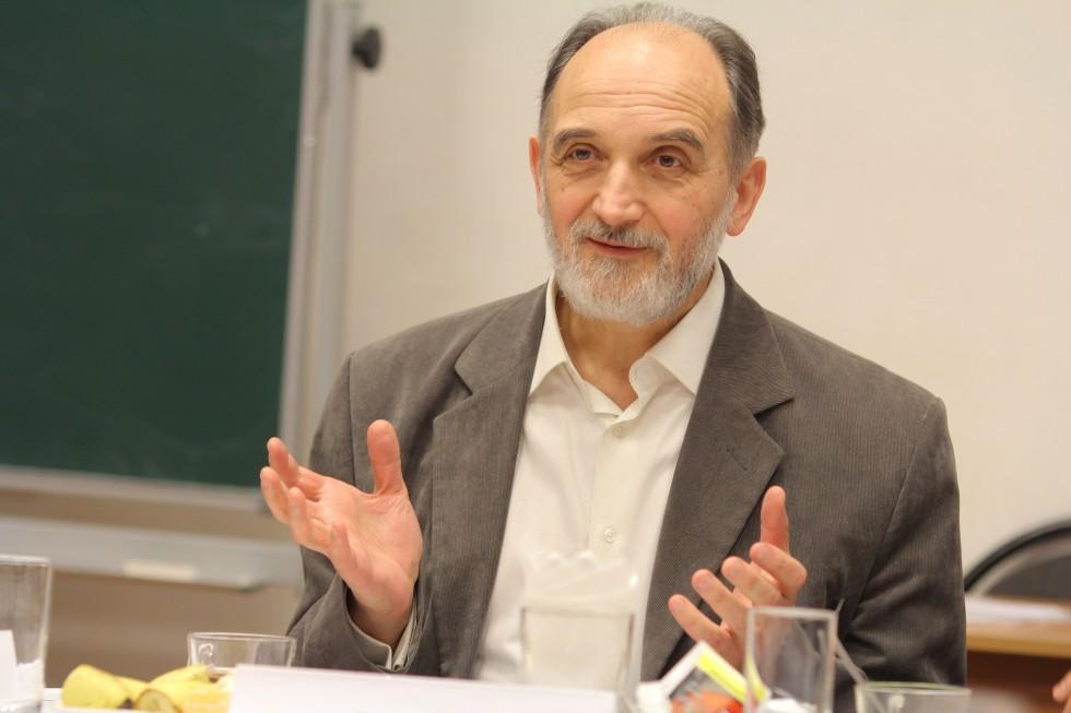 Александр Михайлович Копировский,кандидат педагогических наук, профессор СФИ
